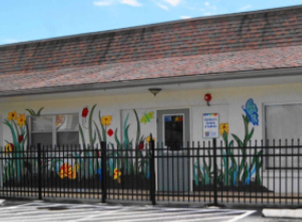 One of our five affordable early childhood education centers, Children's Garden of LaBelle Child Care of Southwest Florida Center is located at 88 S. Main Street in LaBelle, Florida at 33935.